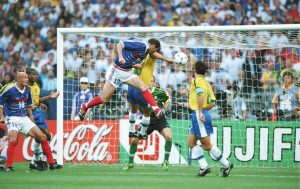 PARIS, FRANCE - JULY 12:  WM FRANCE 1998, FINALE, Paris; BRASILIEN - FRANKREICH (BRA - FRA) 0:3; TOR zum 0:1 durch Zinedine ZIDANE/FRA  (Photo by Bongarts/Getty Images)