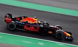 Red Bulli futet midis Ferrarit dhe Mercedesit, shtrëngon duart me Hondan