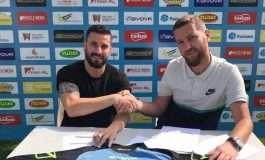 Firmosi me klubin e Superligës së Kosovës, ishi i Tiranës në delir: Aventurë e re me aromë kampionësh (FOTO)