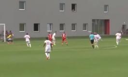 U transferua në kampionatin hungarez, lojtari shqiptar shënon një supergol nga distanca (VIDEO)