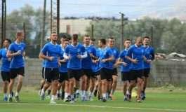 """Luftëtari """"djersit"""" në stërvitje, nuk harojnë asnjë detaj për ndeshjen me letonezët"""