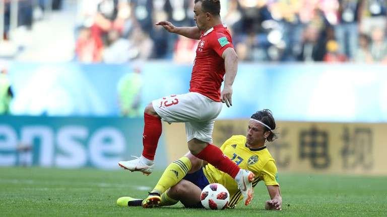 """Humbja kundër Suedisë, legjenda e Anglisë bën për """"dy lekë"""" Granit Xhakën"""