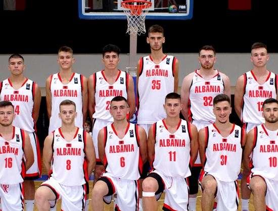 """BASKETBOLL/ Shqipëria del """"duarbosh"""" nga Europiani, rekord katastrofik për 18-vjeçarët"""