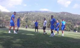 KAMZA optimiste për Flamurtarin, por trajneri GJOKA ka probleme në prapavijë