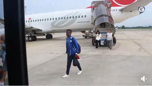 VIDEO/ Lojtarët kuksianë mbërrijnë në Shqipëri, nuk ka pushim për verilindorët