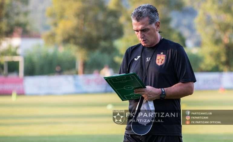 PARTIZANI mbyll përgatitjet, të kuqtë nisen drejt Durrësit për trofeun e parë të sezonit (FOTO)