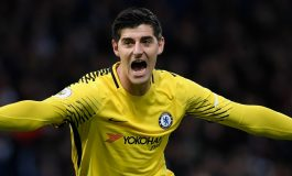 "Chelsea ""hedh miliona"" për portierin spanjoll, Courtois pret lajmin e fundit"