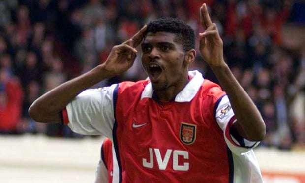 EMOCIONUESE/ Në prag të vdekjes, ish-futbollisti i Arsenalit shpëton qindra jetë fëmijësh
