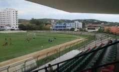 Dhuna kthehet në futbollin shqiptar, klubi i njohur reagon publikisht: Kërkojmë falje, do të marrim penalitete