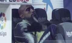 """FOTO/ Nuk e futi në lojë, """"yllin"""" e BARCELONËS e zë gjumi në pankinë"""