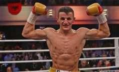 Krasniqi mbron titullin ndaj kundërshtarit nga MMA-ja, boksieri: Luftova në çdo moment me...