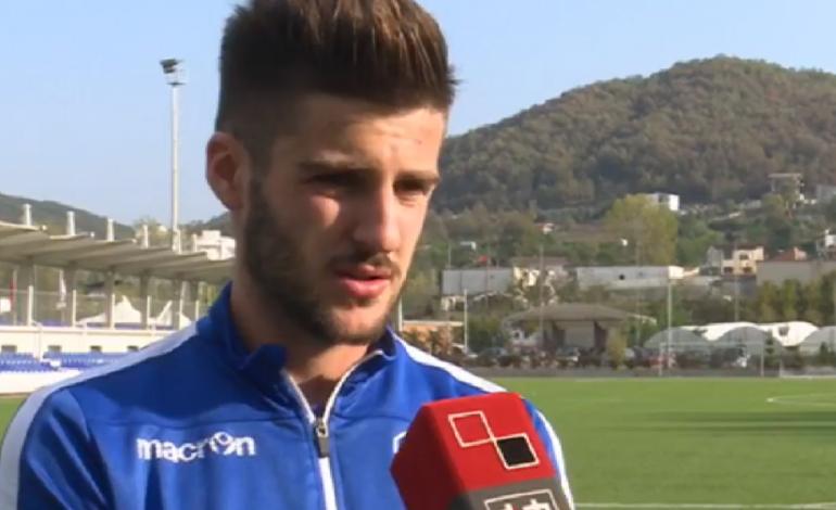 """SHQIPTAR, por nuk flet shqip, mbrojtësi i KUKËSIT """"ngre në qiell"""" futbollin tonë: Kampionat i vështirë, ja si ta arrijmë kreun"""