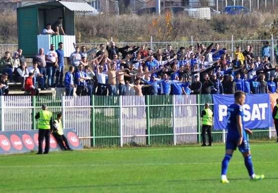 """""""Ultrasit"""" nga KOSOVA """"vërshojnë"""" në Shkodër, biletat drejt """"avullimit"""""""